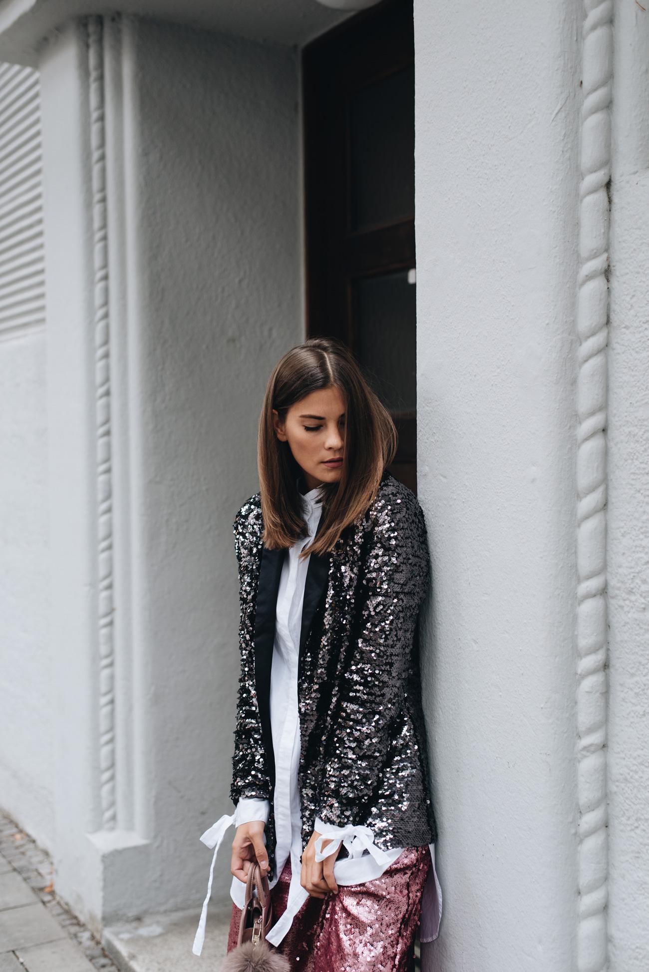 nina-schwichtenberg-mode-bloggerin-pailletten-outfit-trend-2017-nina-schwichtenberg-fashiioncarpet