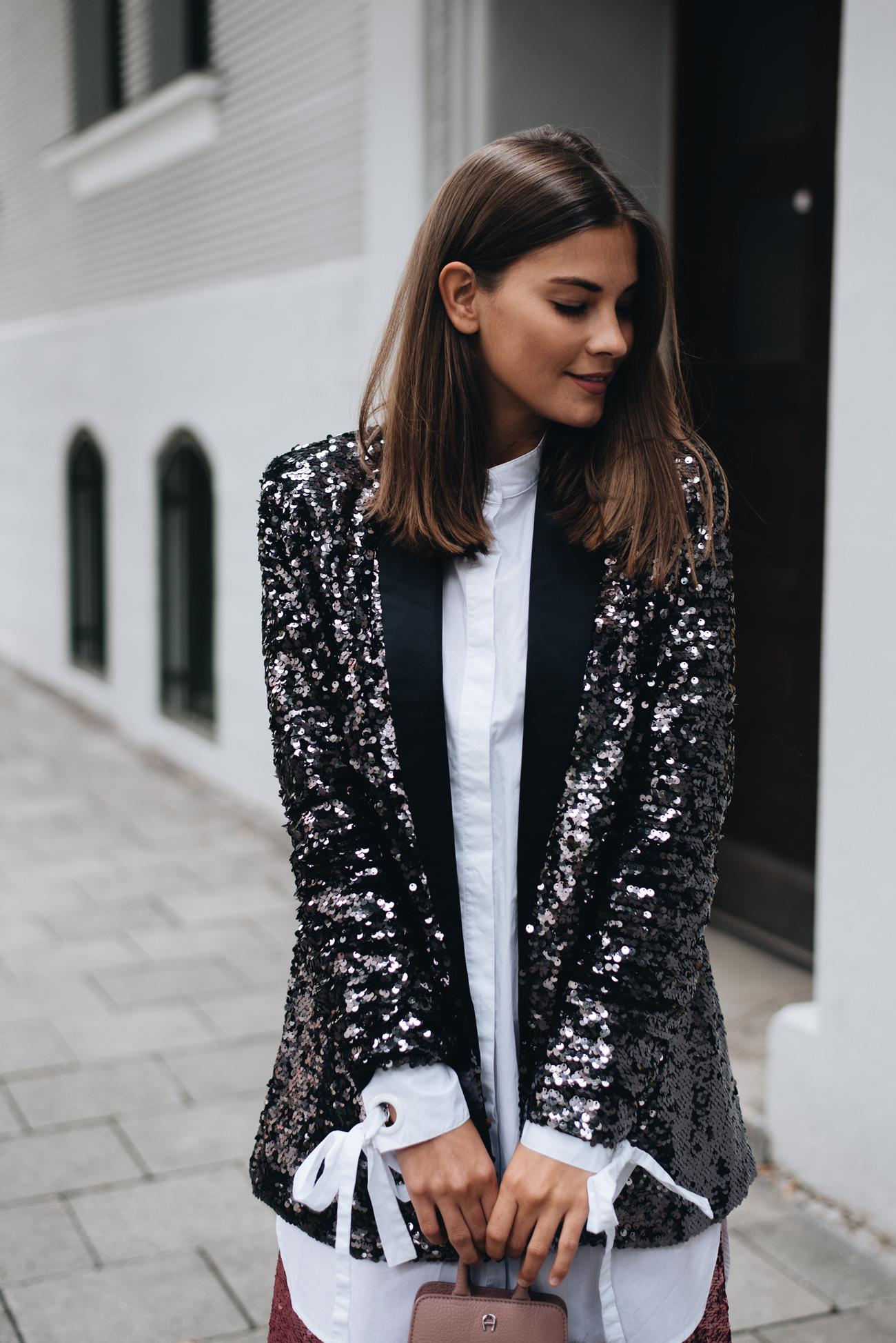 schwarzer-blazer-mit-pailletten-mini-macro-tasche-aigner-nina-schwichtenberg-fashiioncarpet