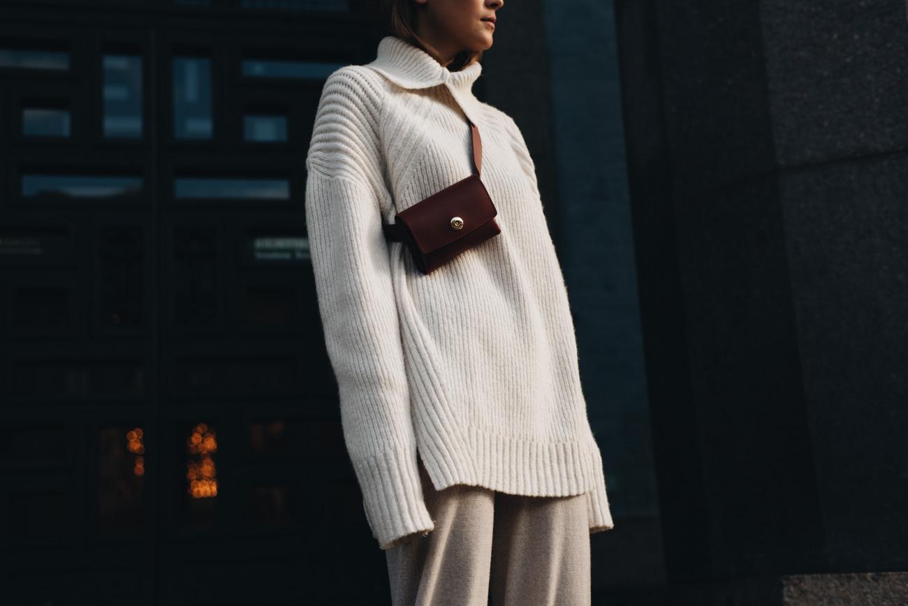 Oversize-strickpullover-H&M-Studio-Collection-bauchtasche-belt-bag-gürteltasche-rot-leder-fashiioncarpet-nina-schwichtenberg
