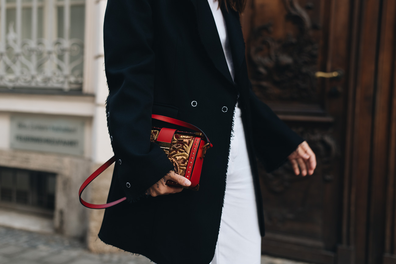 Cartier-Love-Ring-Gelb-Gold-streetstyle-nina-schwichtenberg-mode-bloggerin-fashiioncarpet