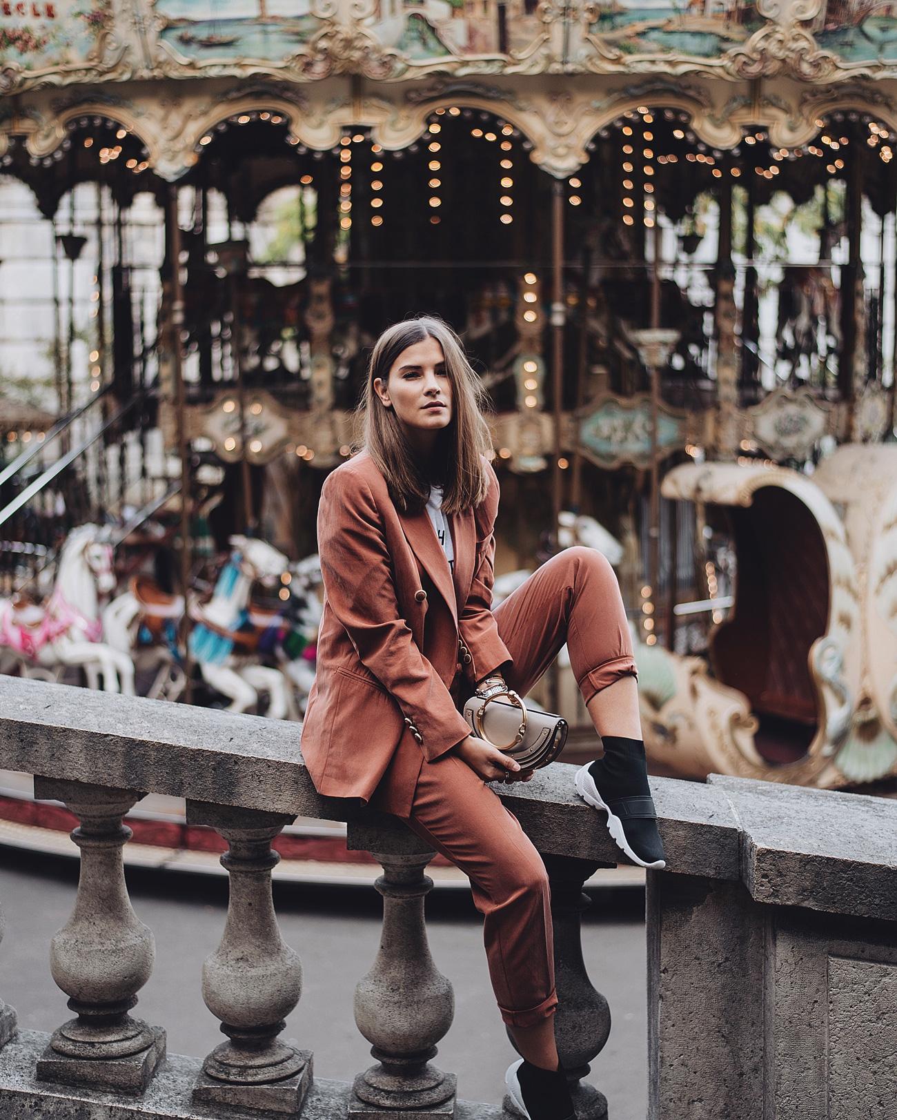 mode-trends-herbst-und-winter-2017-hosenanzug--streetstyle-parka-fashiioncarpet-nina-schwichtenberg