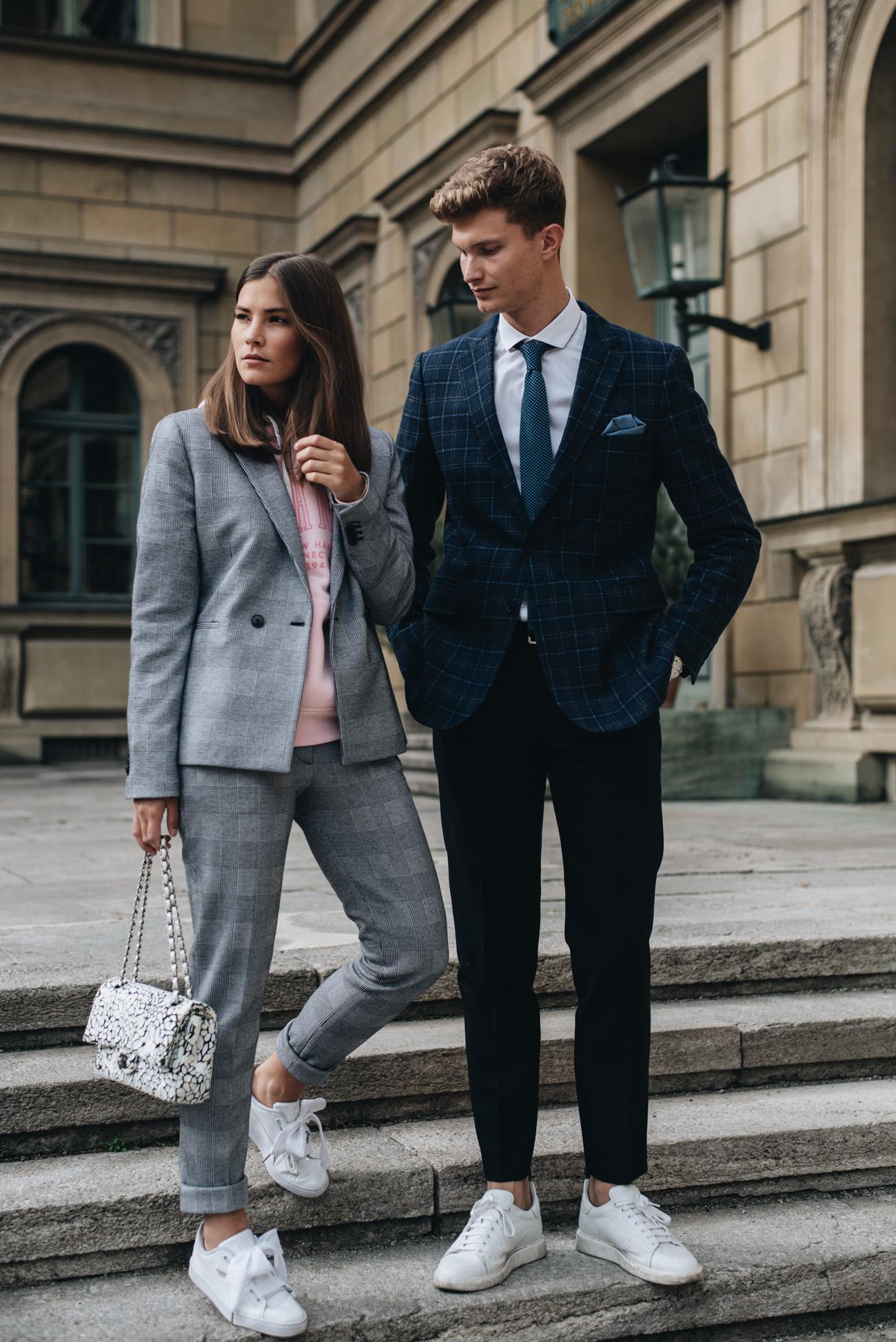 glencheck-muster-hosenanzug-damen-grau-weiß-sportlich-im-alltag-kombiniert-gant-fashiioncarpet-nina-schwichtenberg