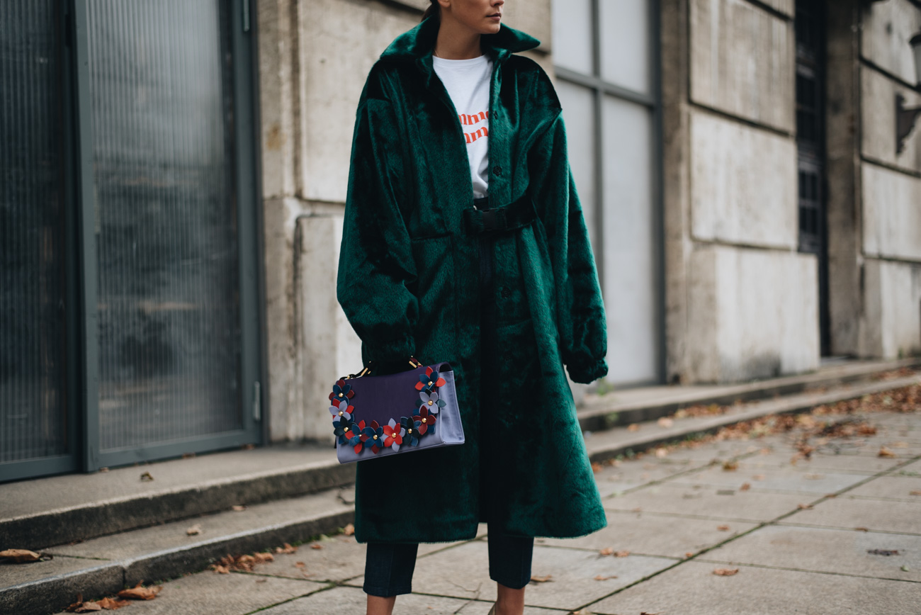 rita-carvalho-Emerald-Fur-Coat-minty-square-Nina-Schwichtenberg-mode-bloggerin-fashion-lifestyle-deutschland-münchen-fashiioncarpet
