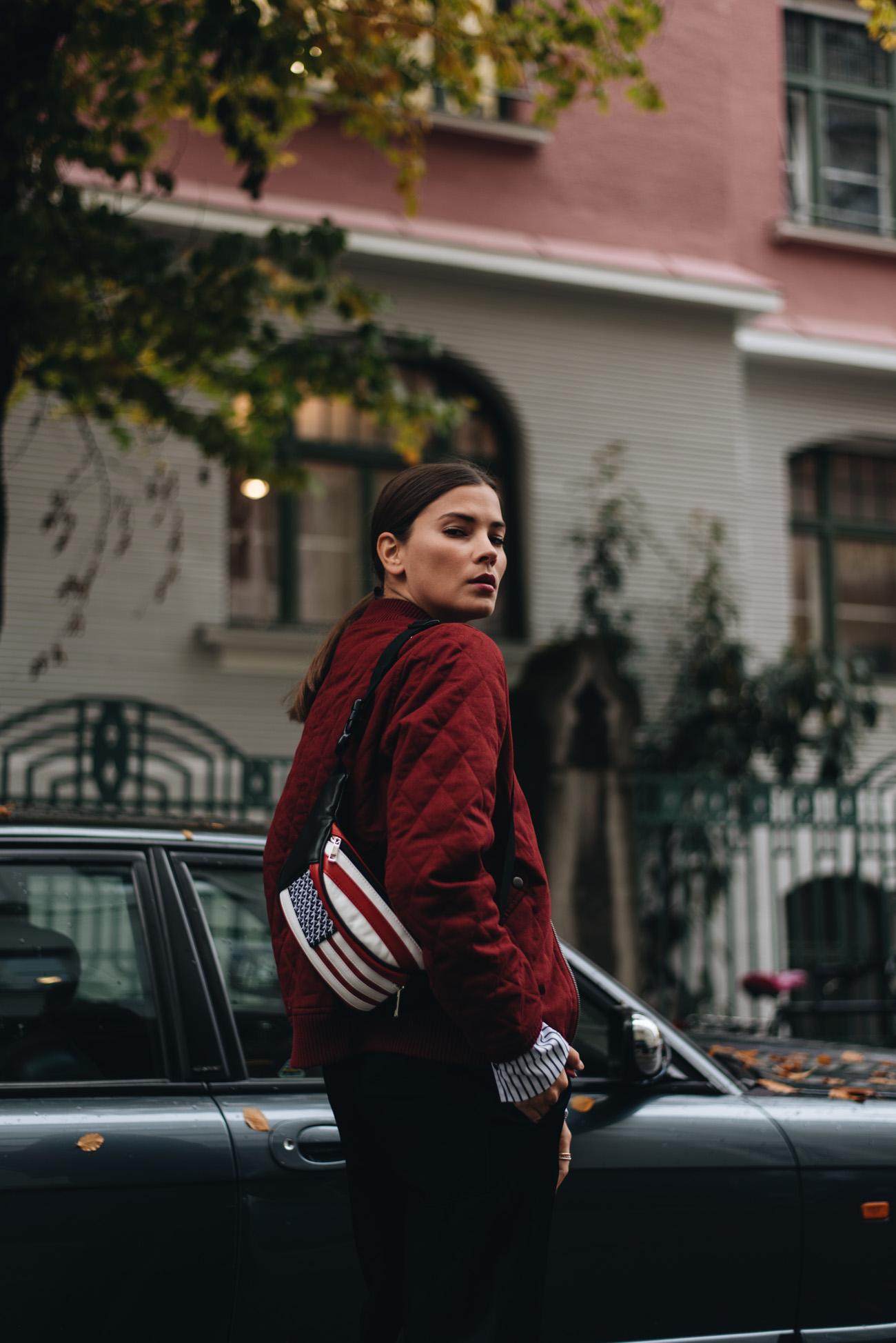 Bauchtasche-amerikanische-flagge-Nina-Schwichtenberg-mode-bloggerin-luxus-high-end-hochwertig-qualität-deutschland-münchen-fashiioncarpet