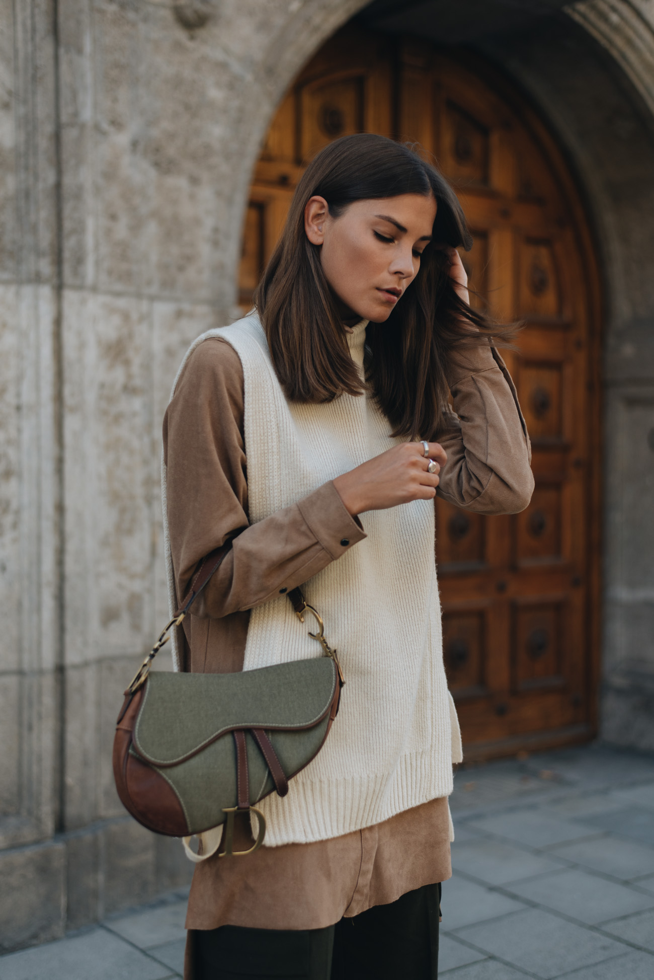 mode-trends-herbst-und-winter-2017-dior-saddle-bag-layering-fashion-blogger-deutschland-nina-schwichtenberg