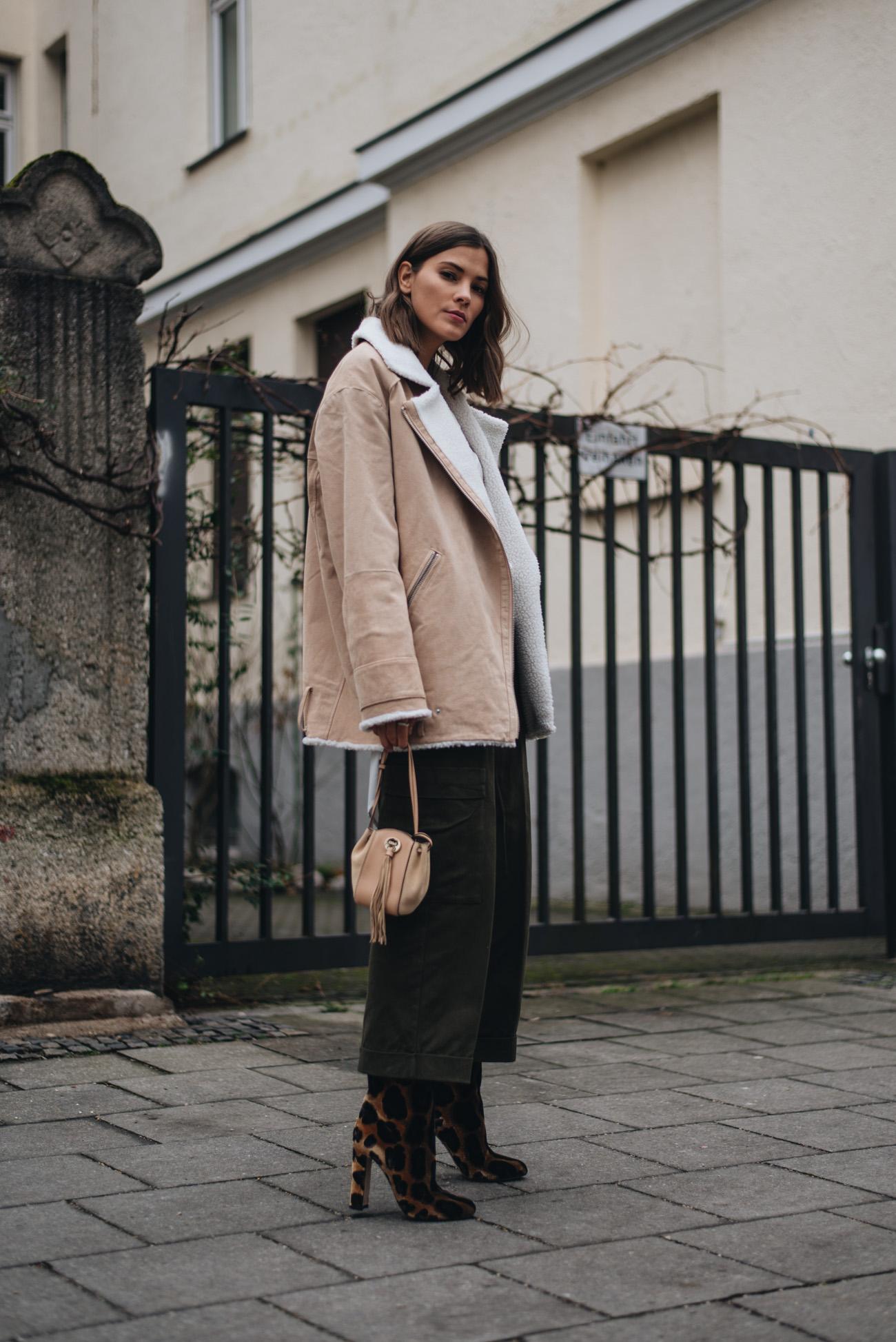 Clavi-cut-frisur-haarschnitt-kurze-haare-frisurentrends-2018-Fashion-bloggerin-deutschland-münchen-nina-schwichtenberg-fashiioncarpet