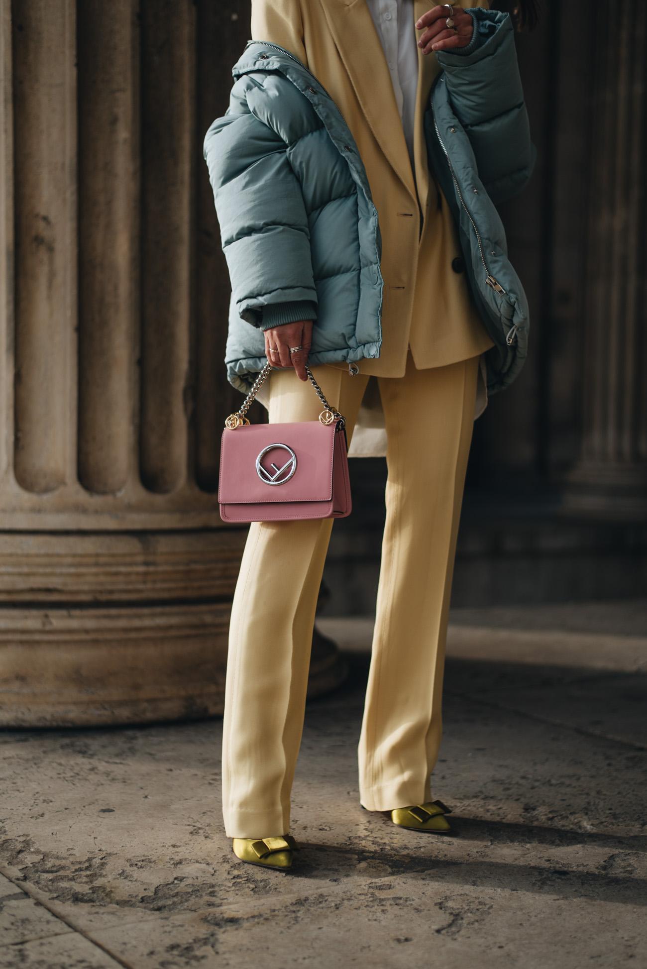 Gelber-Doppelreiher-Hosenanzug-Topshop-festliche-silvester-outfits-Fashionblogger-fashion-blog-deutschland-münchen-fashiioncarpet-nina-schwichtenberg