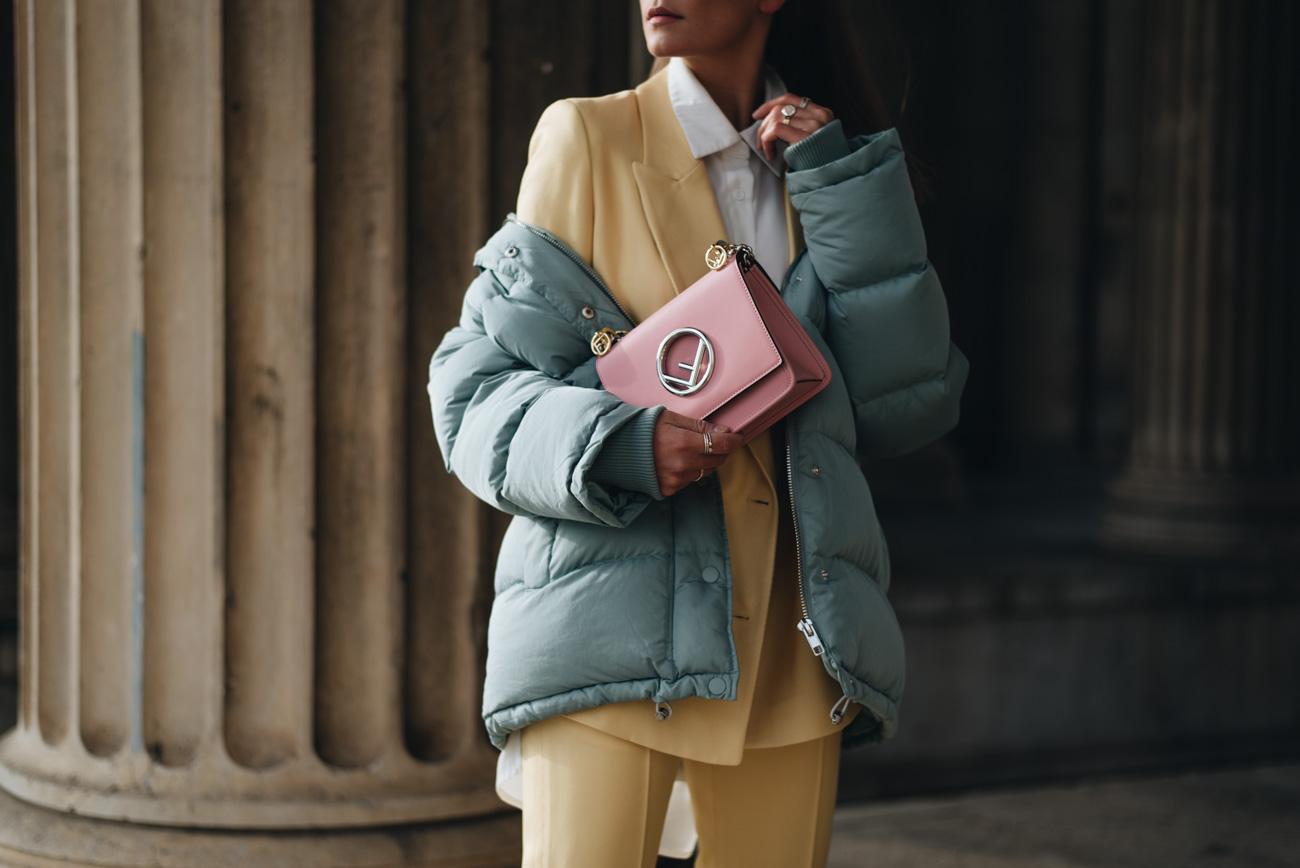 Fendi-Kan-F-Mini-Handtasche-rosa-pink-2017-kollektion-nina-schwichtenberg-fashiioncarpet-fashion-blog-münchen-deutschland