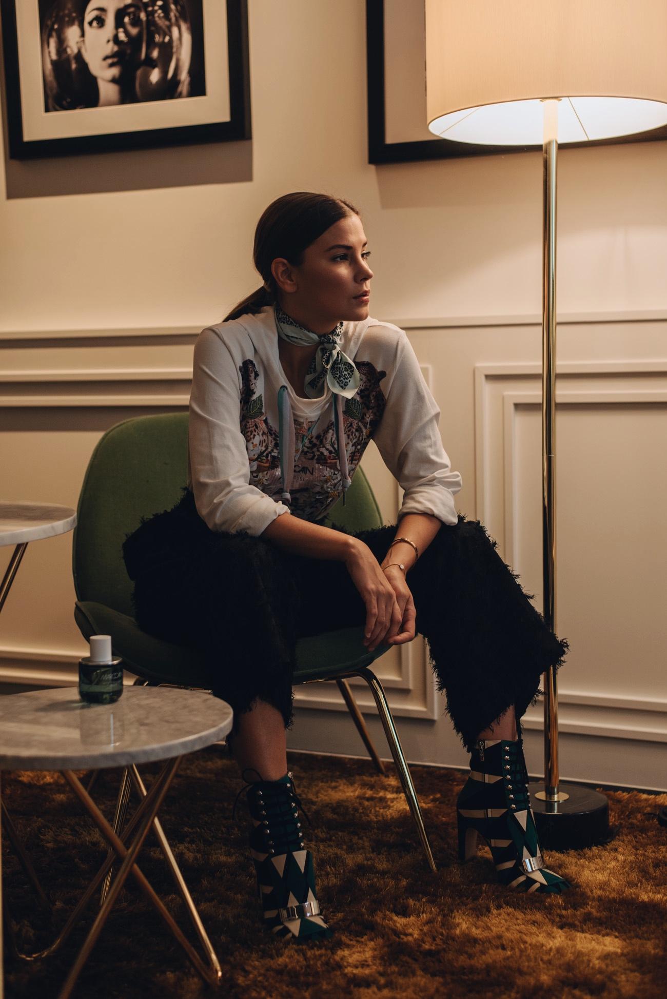 Roomers-Hotel-München-Zimmer-Einrichtung-Interior-Fashionblogger-München-Nina-Schwichtenberg-fashiioncarpet