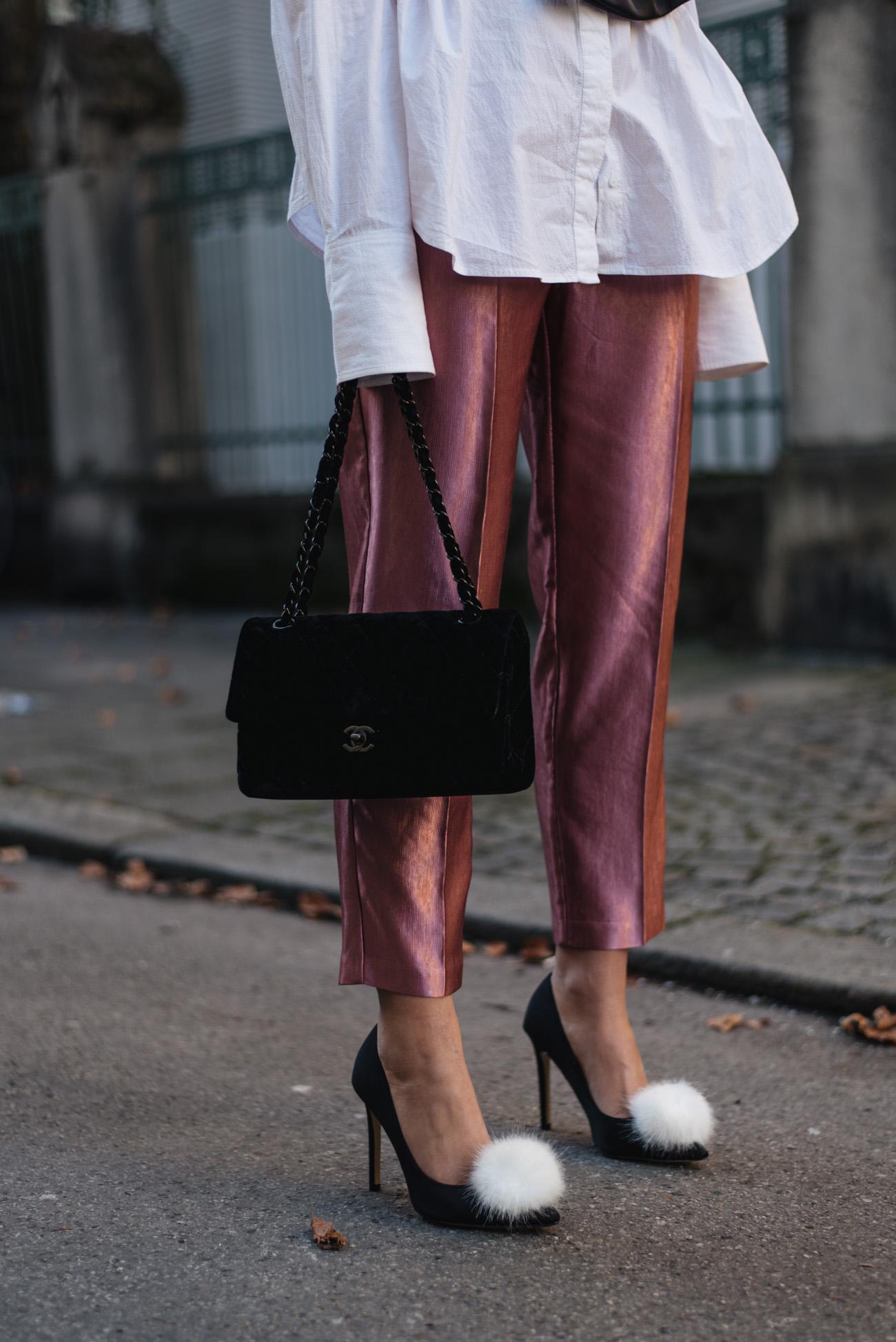 Chanel-Timeless-schwarz-samt-vintage-taschen-klassiker-velvet-bag-nina-schwichtenberg-fashiioncarpet