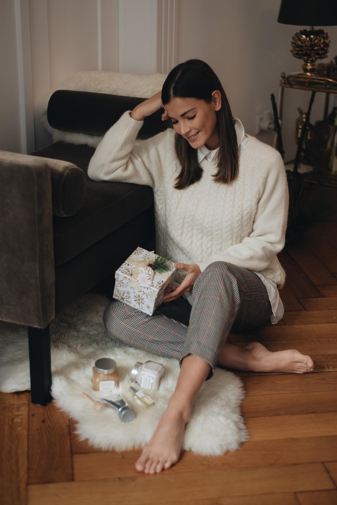 Weihnachtsgeschenke-mit-denen-man-nichts-falsch-macht-familie-Geschenideen-Weihnachten-fashiioncarpet-nina-schwichtenberg