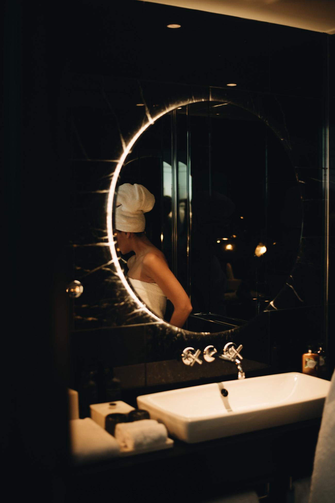 Die-richtige-Haarpflege-im-Winter-Tipps-Trick-Fehler-Haarpflege-Kälte-beauty-bloggerin-nina-schwichtenberg-fashiioncarpet