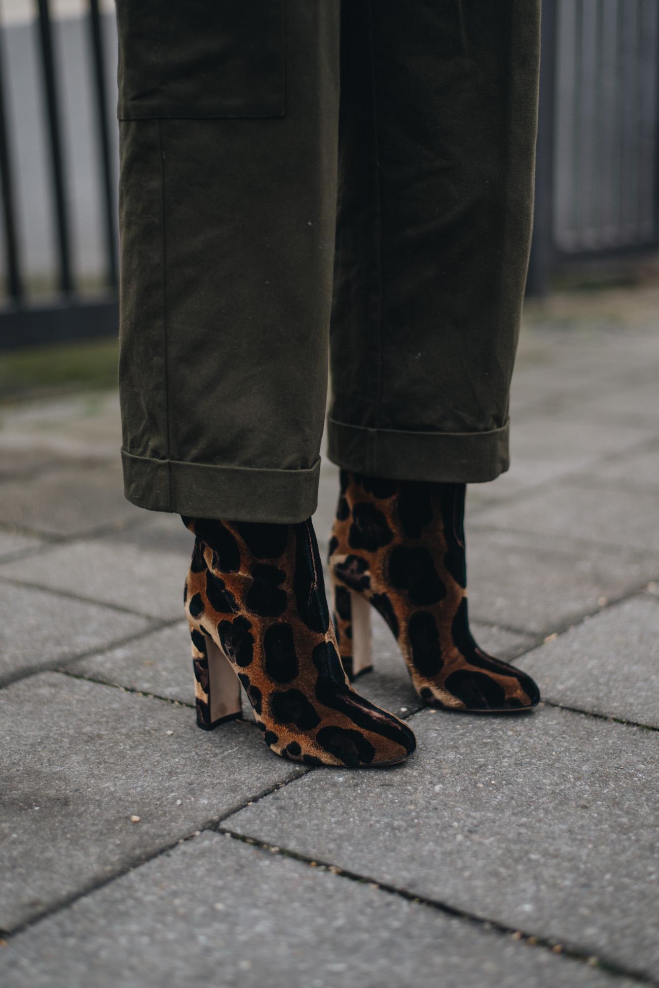 dolce-gabbana-samt-leoparden-stiefeletten-boots-fashion-bloggerin-deutschland-münchen-nina-schwichtenberg-fashiioncarpet