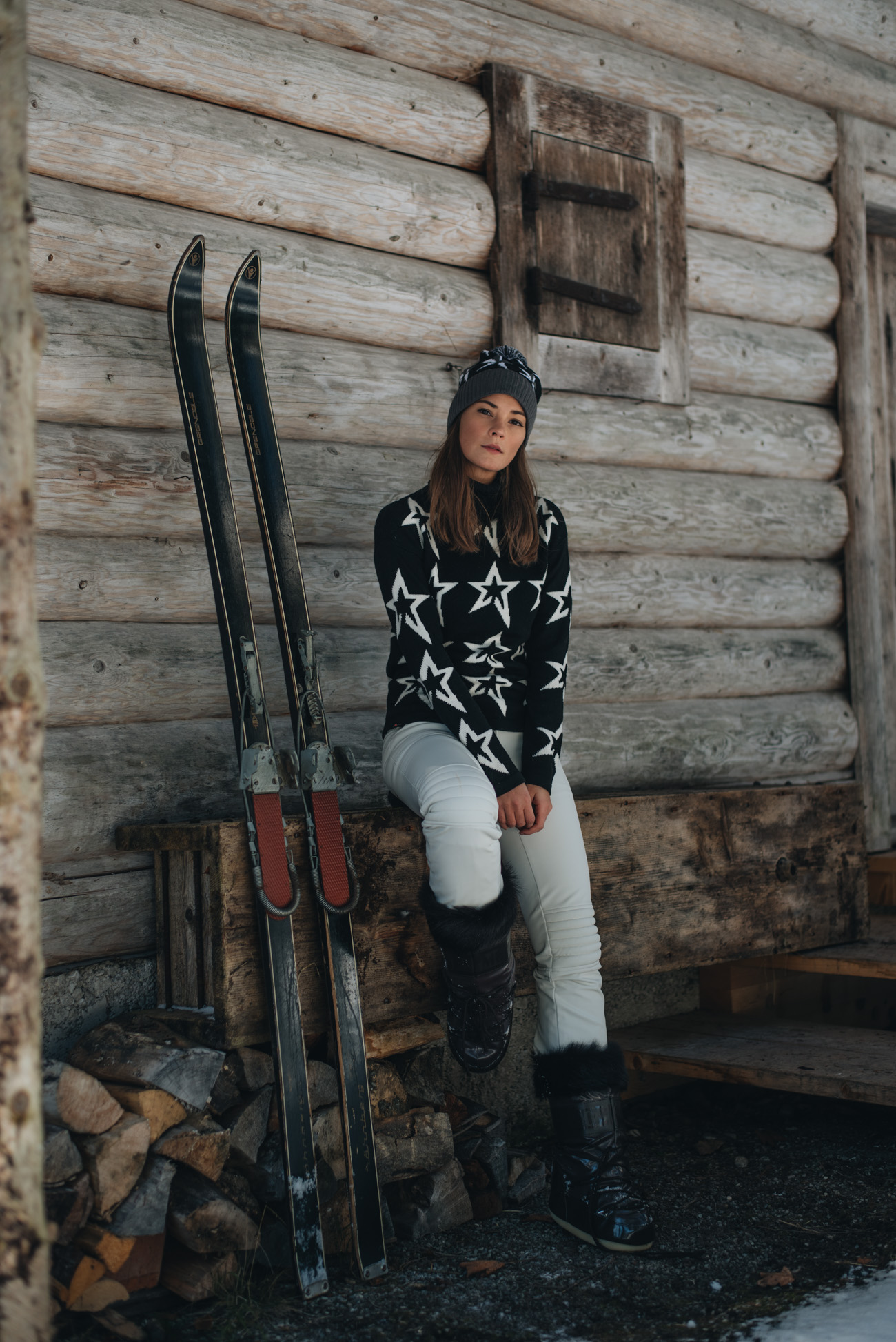 Fashion-editorial-outdoor-shooting-winter-fotoshooting-schnee-mytheresa-skit-edit-kampagne-blogger-nina-schwichtenberg-fashionbloggerin-deutschland-münchen-fashiioncarpet