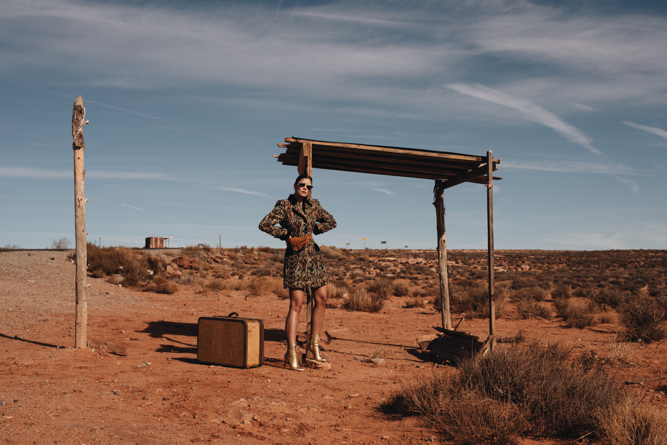 Wüsten-Foto-Shooting-Fashion-Editorial-Kalifornien-road-trip-dior-saddle-bauchtasche-gürteltasche-Nina-Schwichtenberg-mode-und-beauty-fashion-bloggerin-deutschland-münchen-fashiioncarpet