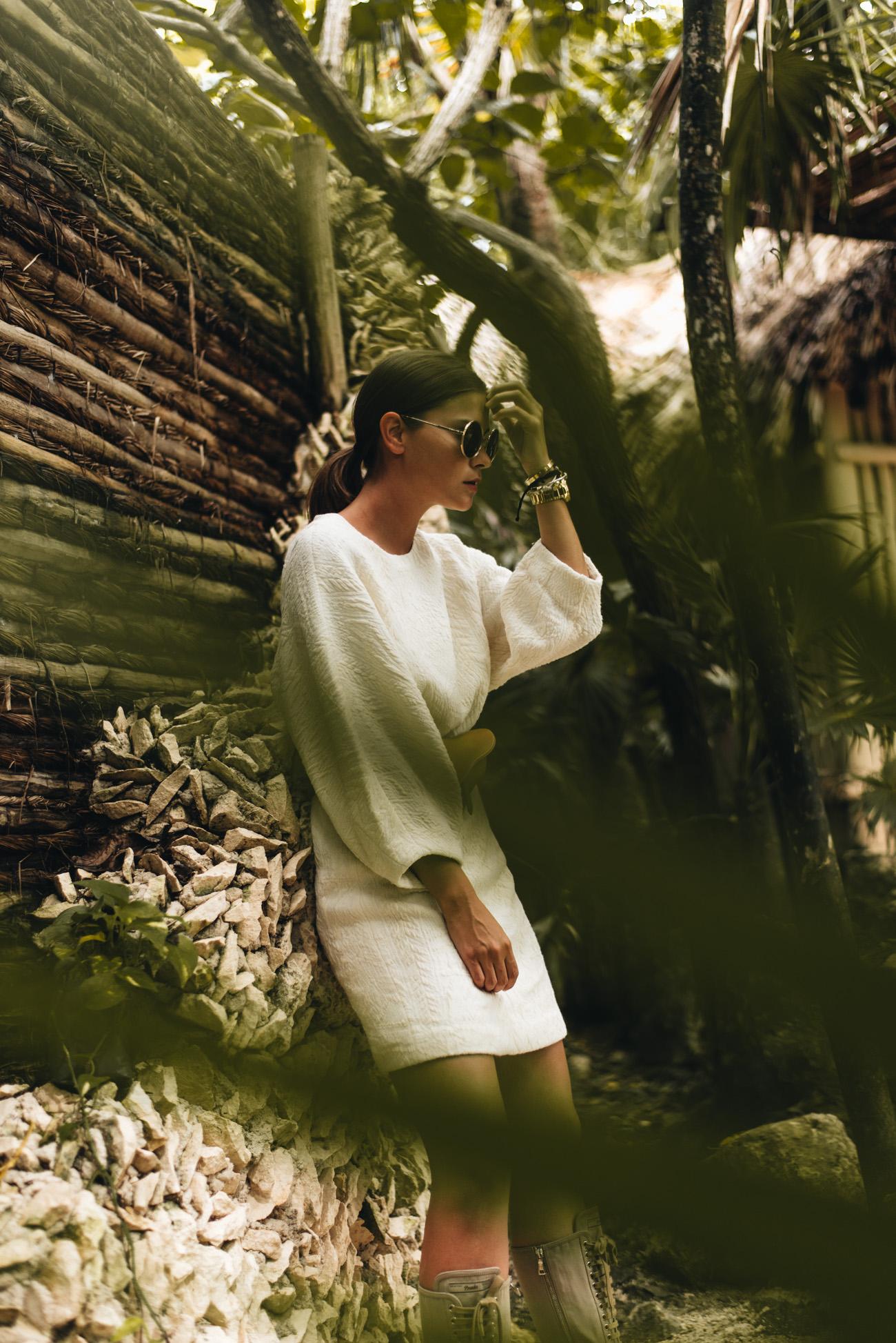 mode-bloggerin-nina-schwichtenberg-mode-trends-2018-schnürstiefel-prada-sommerkleider-fashiioncarpet