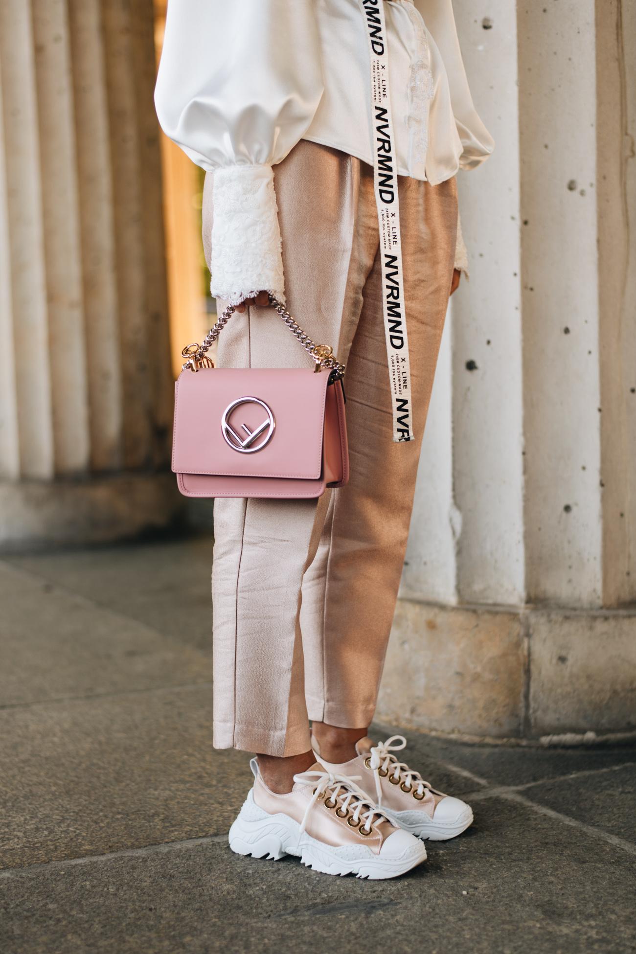 rosa Fendi Kan Mini Tasche