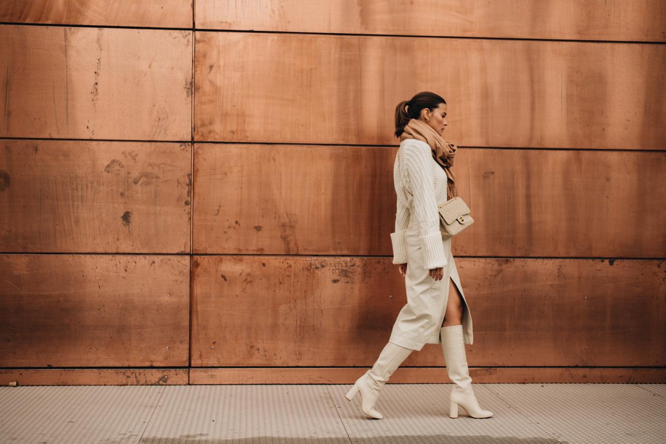 Weißes Outfit für den Winter
