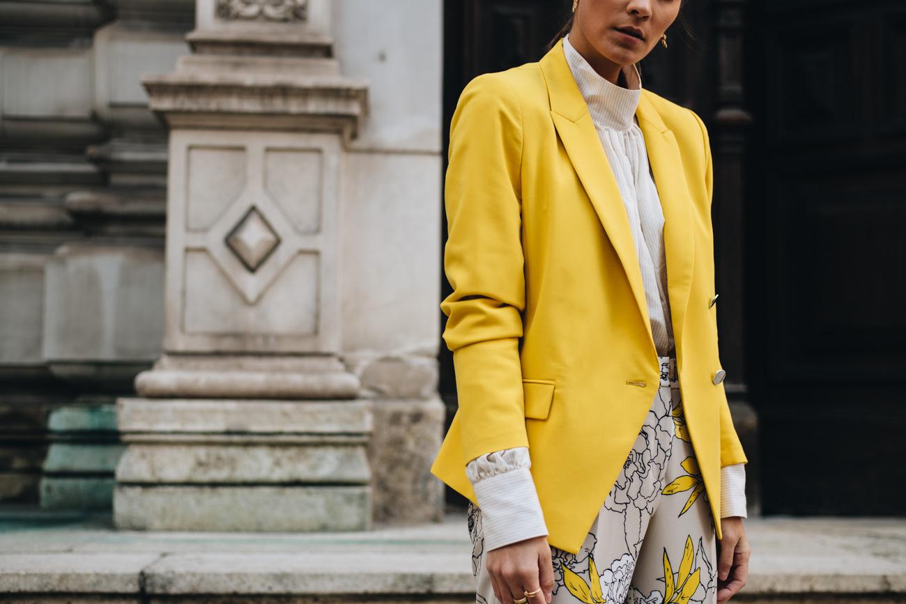 Taillierte Blazer in gelb