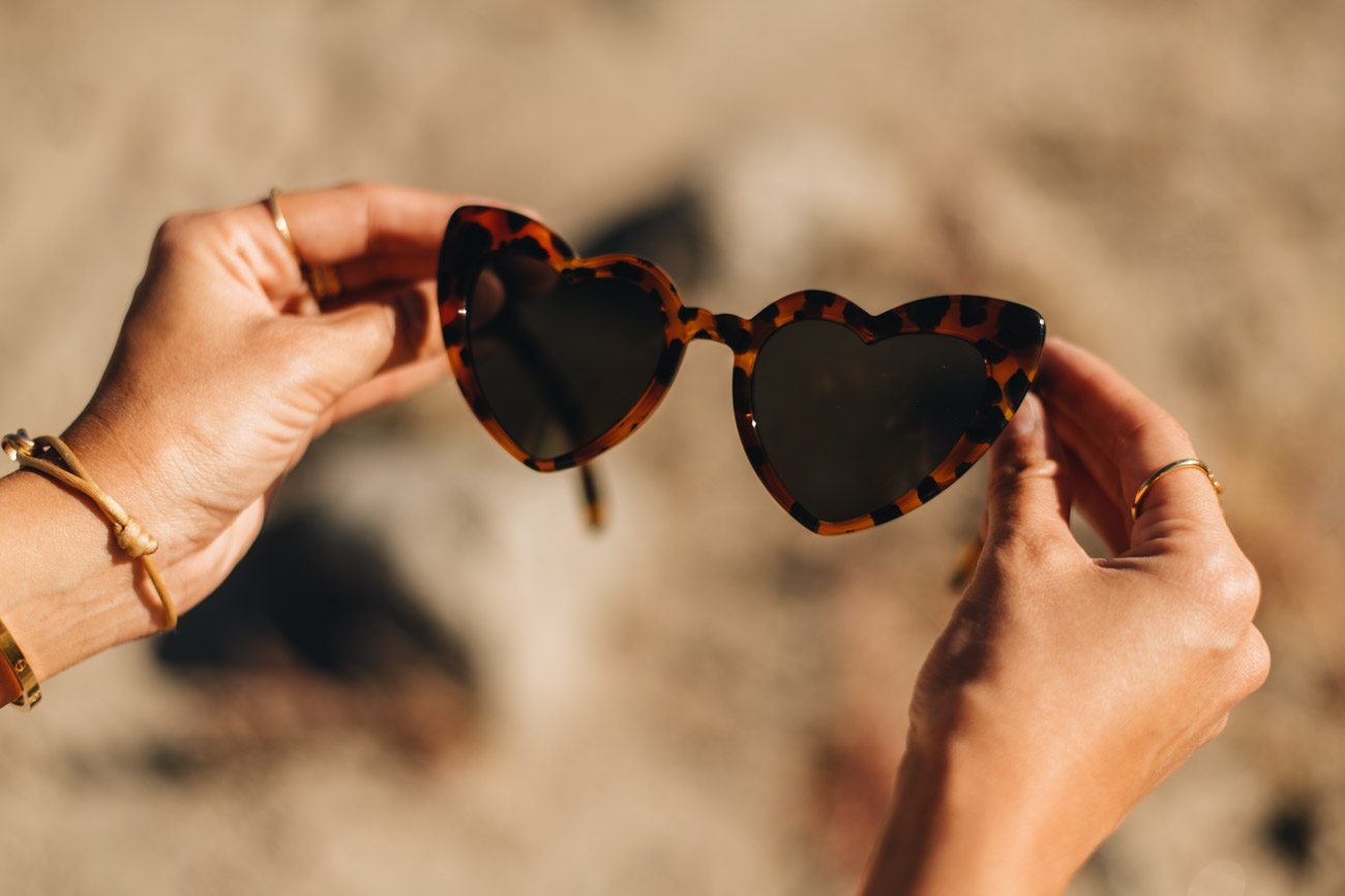 YSL Sonnenbrille in Herzform