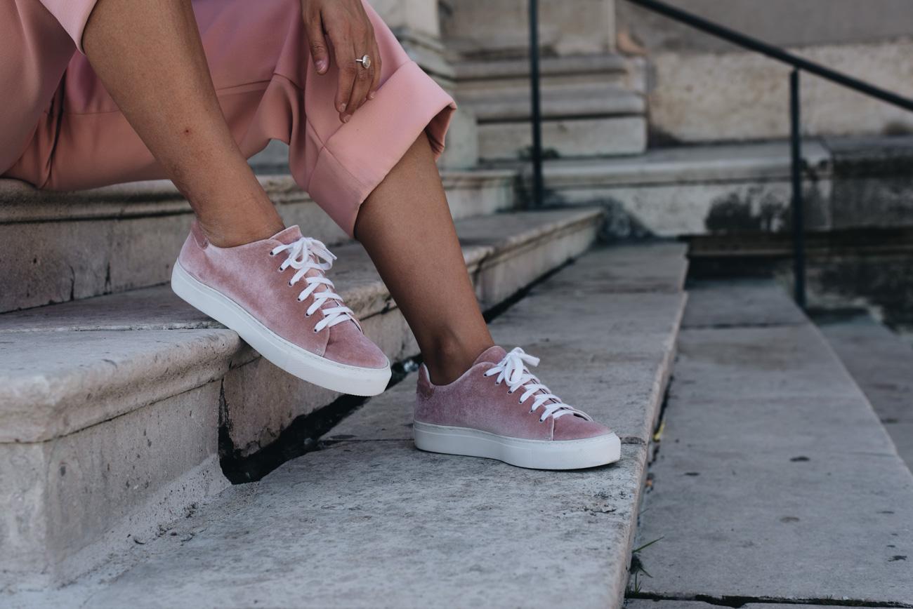 Sneakertrend Samt