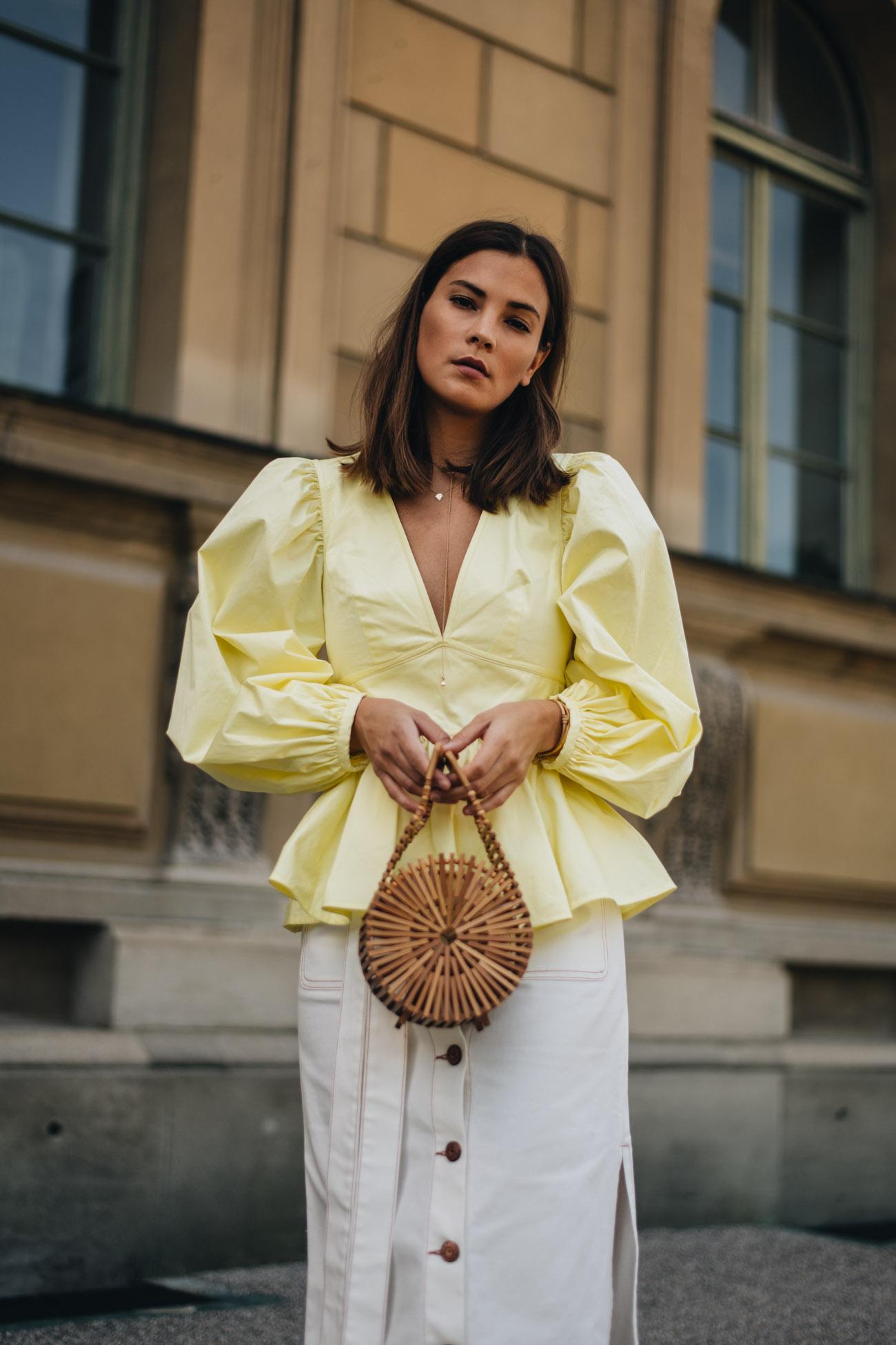 Neon Gelbe Bluse mit V-Ausschnitt