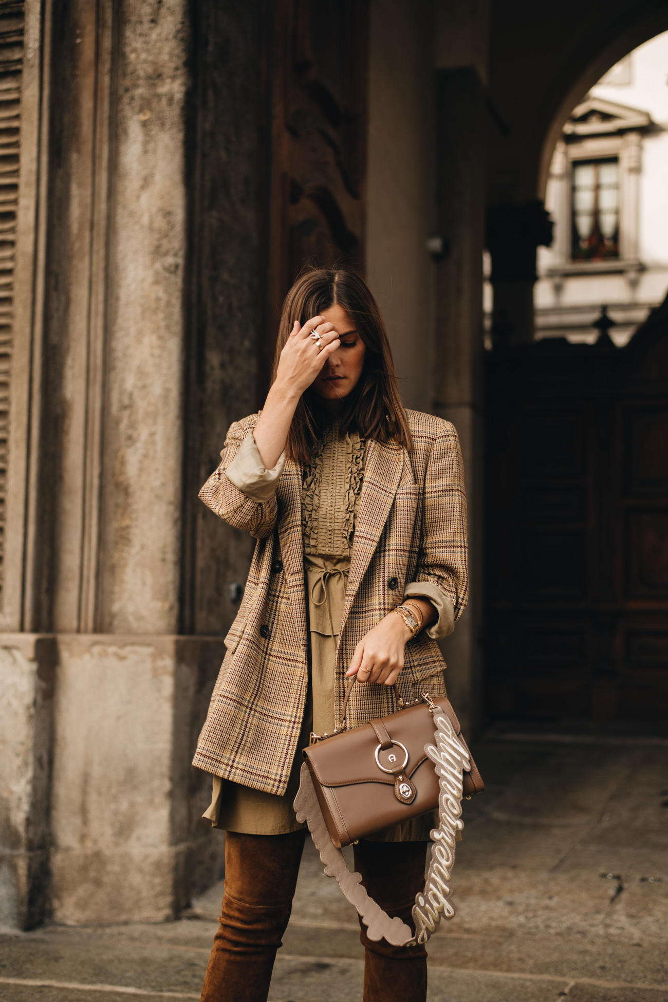 Aigner Braune Handtasche mit Schulterriemen
