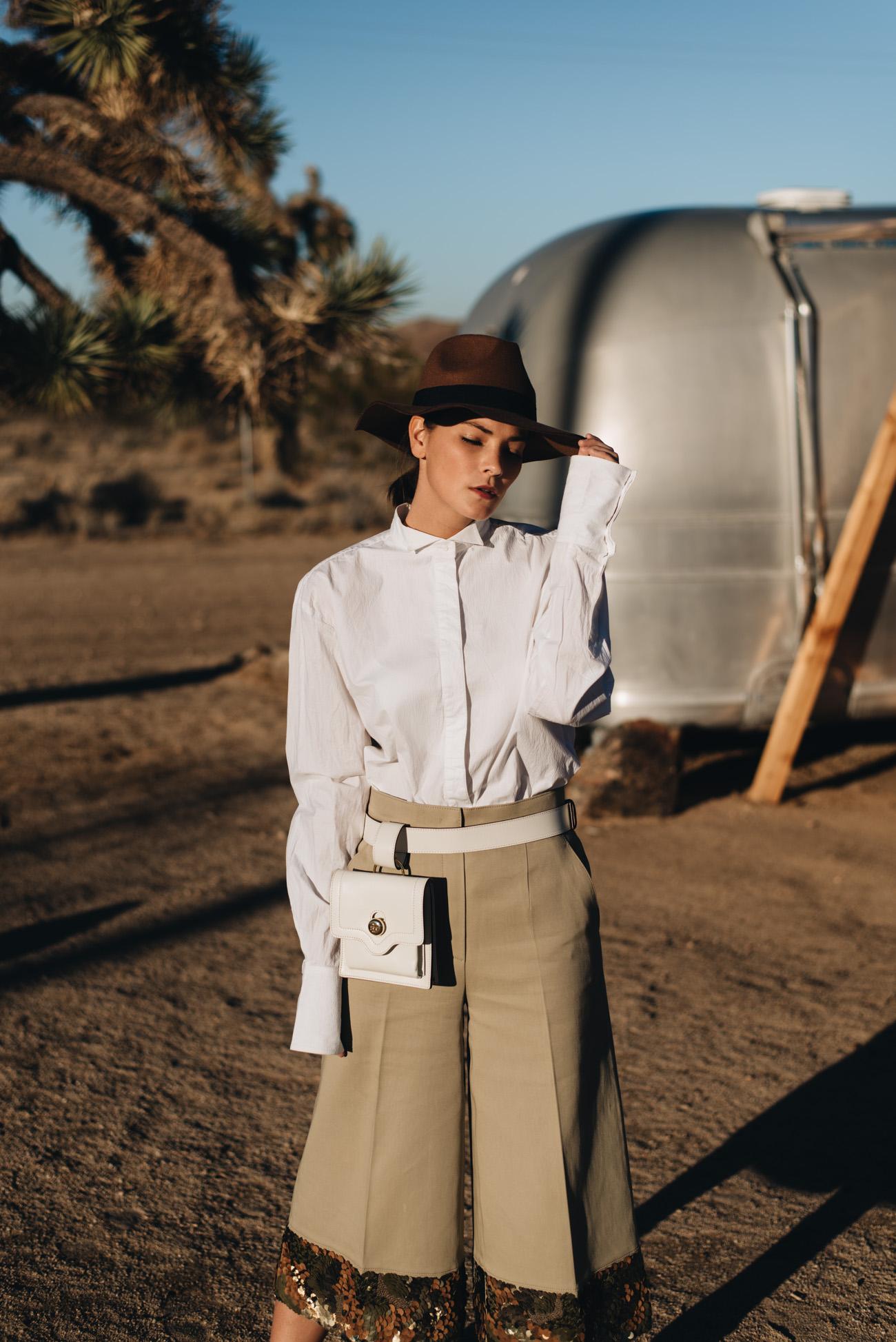 Modetrends 2020: weiße Boyfriend Hemden