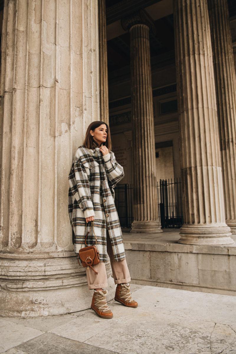 Outfit: Warmer und stylischer Winterlook mit Wollpullover und Schnürstiefeln + 20% Mytheresa Rabatt Aktion