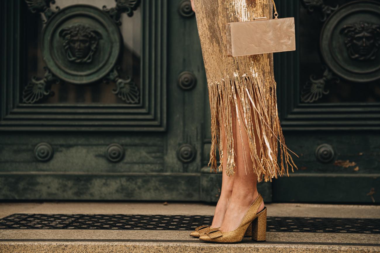 Paillettenkleid mit Fransen in Gold
